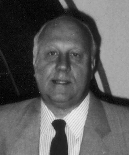 Frank W. Borta